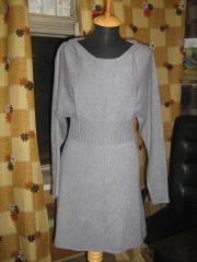 Платье связано на вязальной машине .  Платья ручной работы.